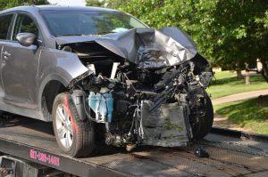 damaged-vehicle-towed